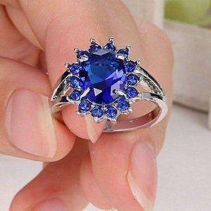 Round Halo Blu Sapphire Dinner Ring 7